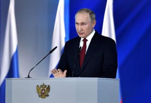 """La crise démographique, un défi """"historique"""" pour la Russie, selon Poutine"""