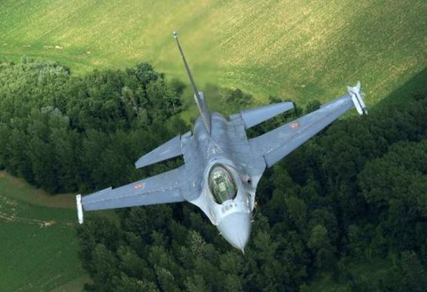 Accident d'un F-16 belge aux Pays-Bas: le pilote blessé à la jambe