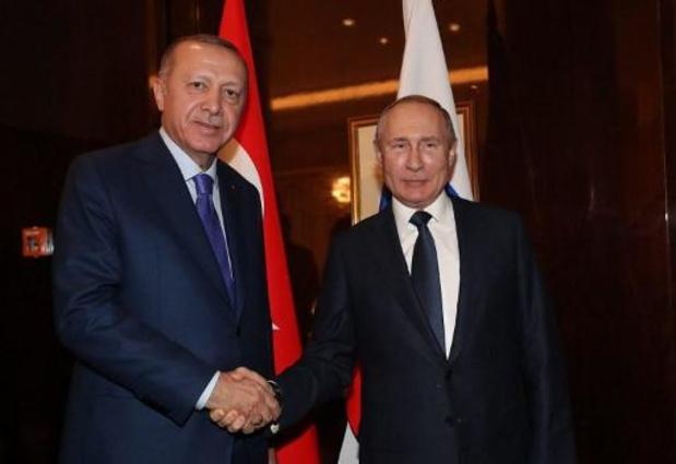 Poetin en Erdogan starten dialoog in Moskou