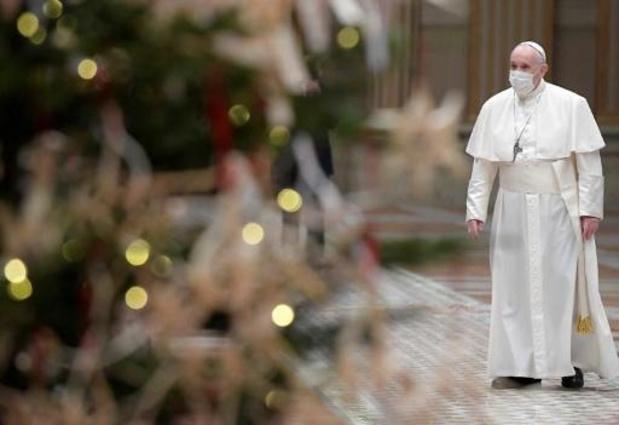 """Paus Franciscus heeft """"pijnlijke ischias"""" en zegt af voor twee missen"""