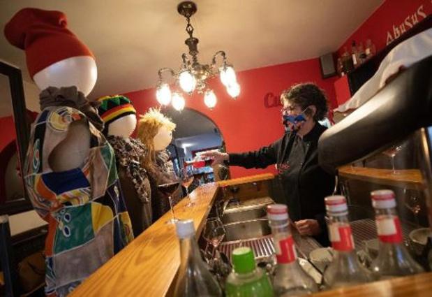 """""""Ouvrir cafés et restaurants le 1er mai et pouvoir les garder ouverts"""""""