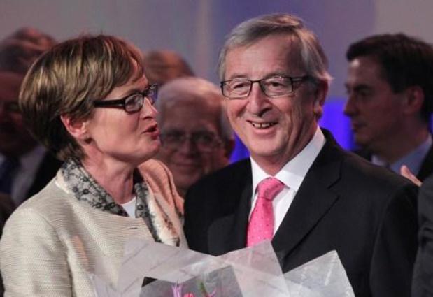 Commissaire irlandais: Von der Leyen choisit Mairead McGuinness, le Commerce à Dombrovskis