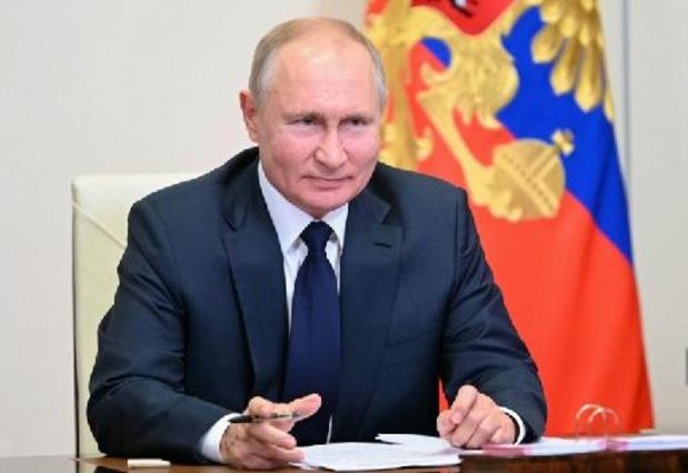 """Il faut empêcher """"l'effondrement"""" de l'Afghanistan, selon Poutine"""