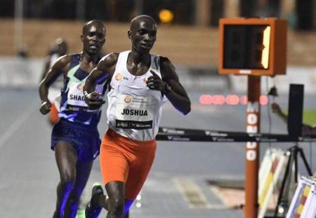 World Record Day Valencia - Oegandees Joshua Cheptegei verpulvert wereldrecord van Kenenisa Bekele op 10.000 meter