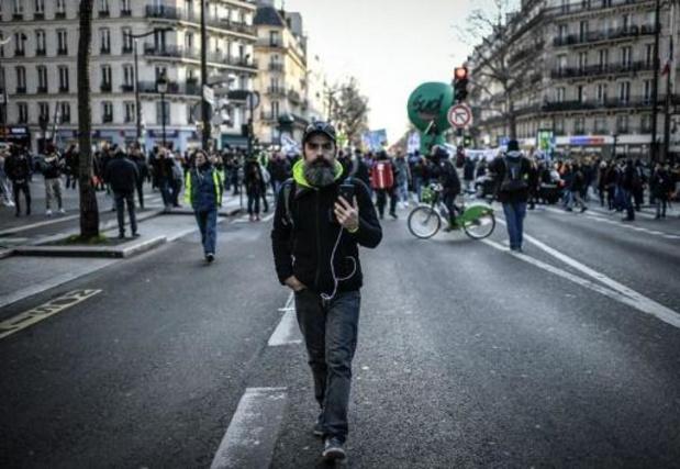 """Les """"gilets jaunes"""" font leur rentrée nationale samedi en France"""