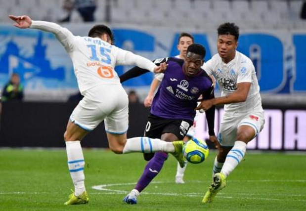 Belgen in het buitenland - Aaron Iseka Leya en Toulouse verliezen van Marseille