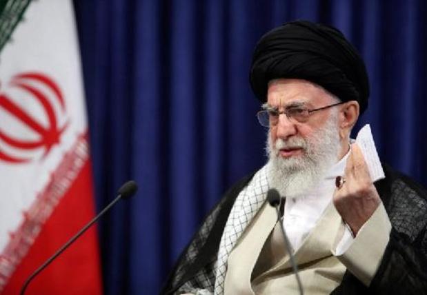 L'ayatollah Khamenei critique l'exclusion de candidats à la présidentielle en Iran