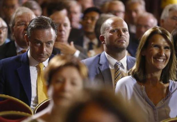 La N-VA entrevoit de sombres perspectives pour 2024