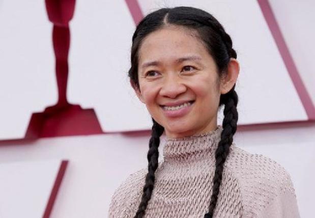 Oscars - Chloe Zhao wint als tweede vrouw ooit Oscar voor beste regisseur