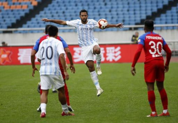 Mousa Dembele et Guangzhou City accrochés par Cangzhou