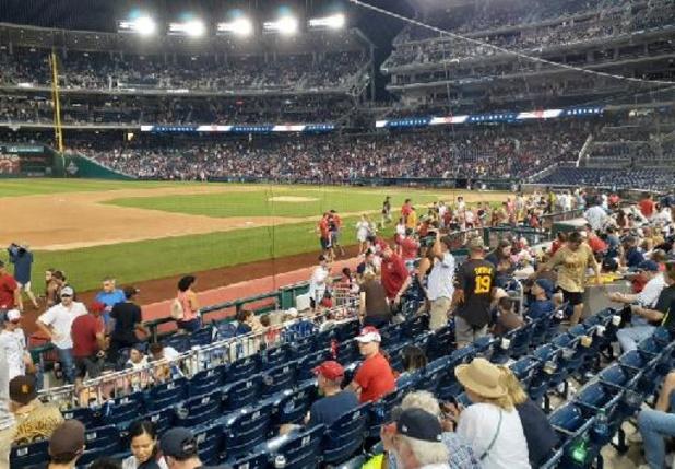 États-Unis: quatre personnes victimes de tirs à l'extérieur d'un stade à Washington
