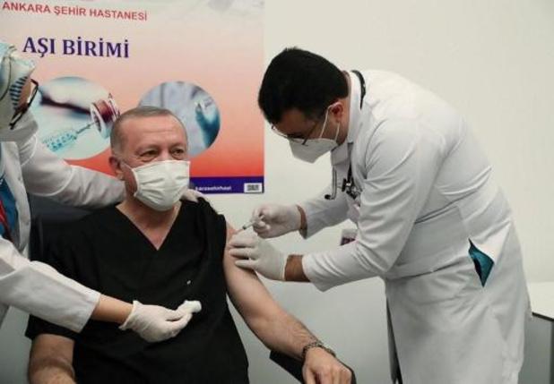 """Erdogan gevaccineerd """"om Turken gerust te stellen"""""""