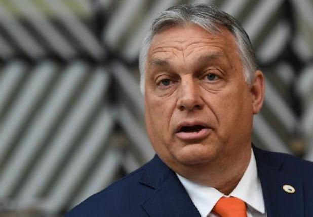Droits des LGBT: Orban justifie la loi hongroise et dit défendre les homosexuels