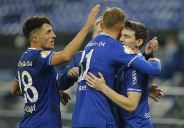 Schalke gagne pour la 1e fois depuis janvier 2020, Bornauw sèchement battu avec Cologne