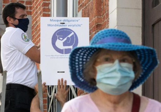Covid-19: les contaminations explosent en Europe cette semaine