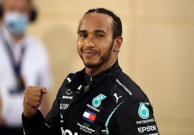 Wereldkampioen Lewis Hamilton ook in Bahrein de snelste
