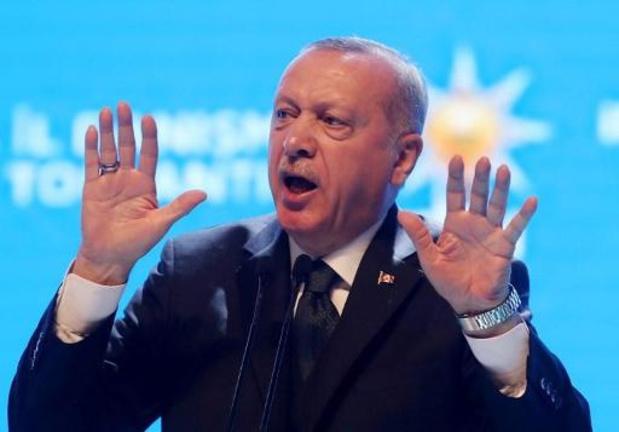 """Migrants: l'UE reçoit Erdogan à Bruxelles pour """"relancer le dialogue"""""""