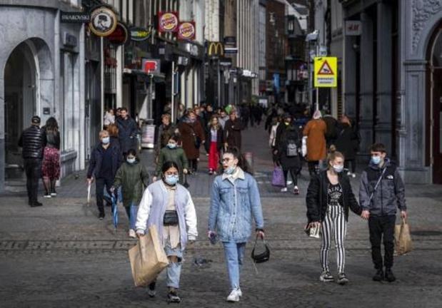 Zorgwekkende stijging van aantal nieuwe coronagevallen in Nederland