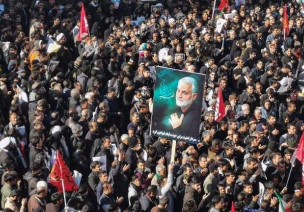 Grote opkomst voor begrafenis Soleimani in geboortestad Kerman