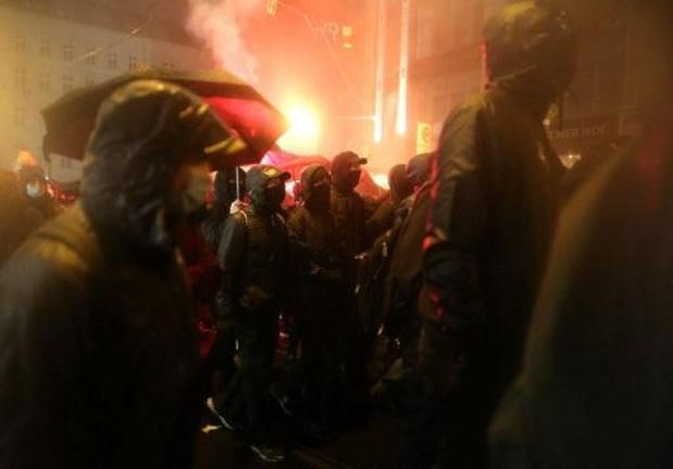 Manifestation violente dans le centre de Berlin après l'évacuation d'un squat
