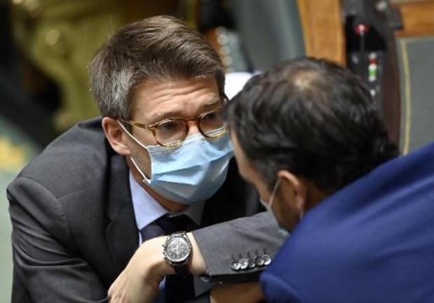Le ministre Dermagne propose d'accorder un congé de circonstance pour la vaccination
