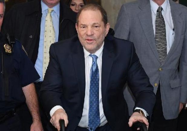 Harvey Weinstein uitgeleverd aan Californië voor nieuwe misbruikzaak