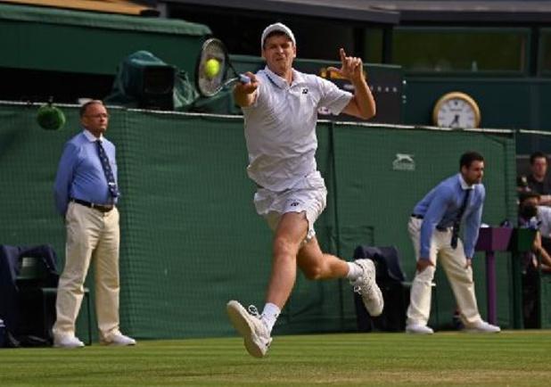 Wimbledon - Hurkacz kent geen genade met achtvoudig winnaar Federer