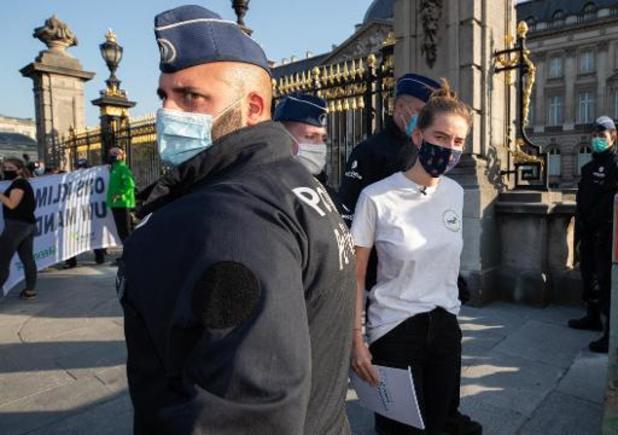 Réunion des préformateurs au Palais: 16 militants pro-climat arrêtés