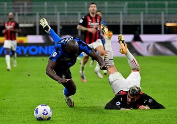 Les Belges à l'étranger - Malgré un but de Lukaku, l'Inter battue par l'AC Milan de Saelemaekers