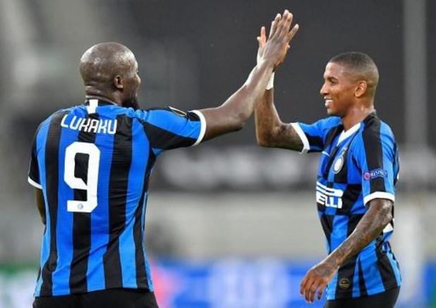 Belgen in het buitenland - Lukaku helpt Inter met goal aan ticket voor halve finales EL