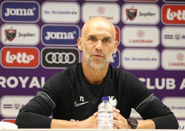 """Thomas Letsch, l'entraîneur de Vitesse, se prépare à """"un beau défi"""" contre Anderlecht"""