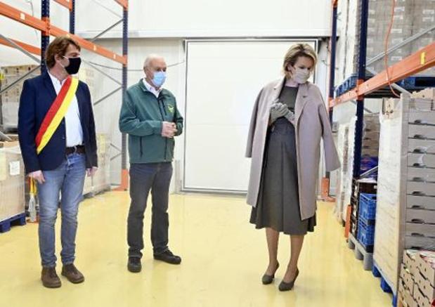 Koningin Mathilde bezoekt voedselbanken van provincie Luik