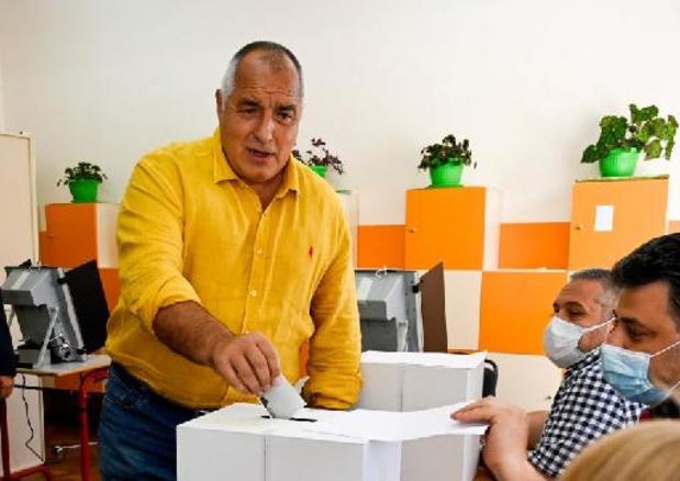 Voormalig Bulgaars premier lijkt af te stevenen op nipte overwinning