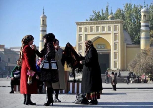 """Kamer erkent """"risico op genocide"""" van China ten aanzien van Oeigoeren"""