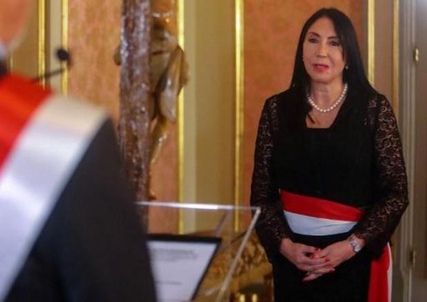 Démission d'une ministre au Pérou après s'être faite vacciné