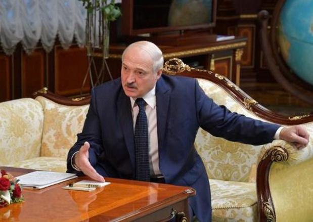 President Loekasjenko haalt debat over mogelijke verkiezingen aan