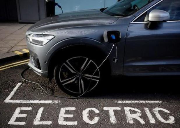 Dix concessionnaires lancent un service national de partage de voitures électriques