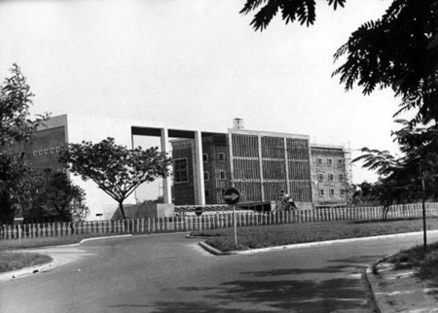 La commission sur le passé colonial confrontée à l'urgence de déclassifier les archives