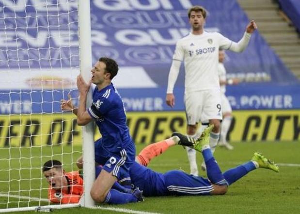 Leicester in eigen huis onderuit tegen Leeds, Castagne valt geblesseerd uit