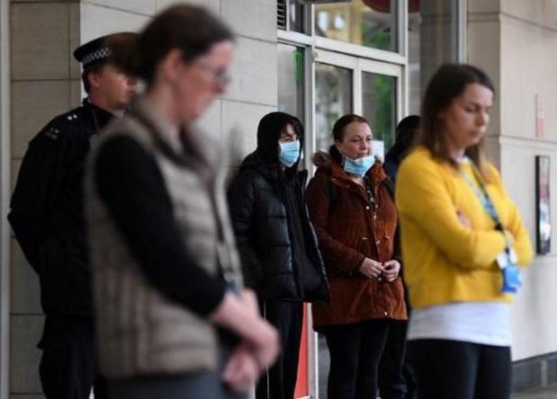 Hoge aantal doden in woonzorgcentra brengt Britse overlijdens op meer dan 25.000