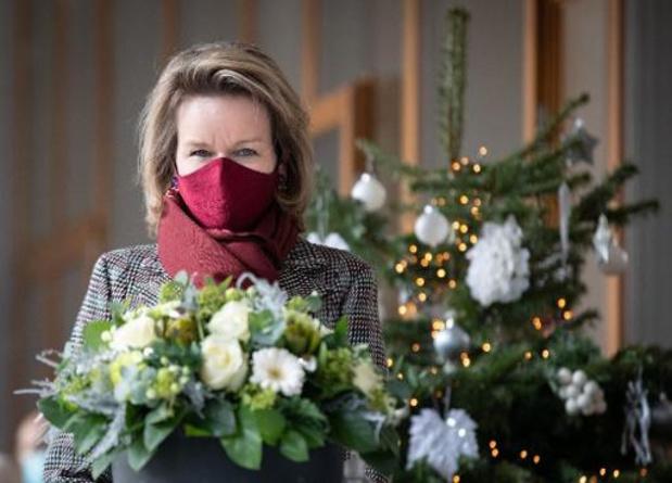 Koningin Mathilde woont kerstconcert bij in psychiatrisch ziekenhuis in Jette