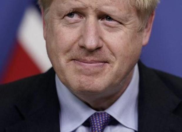 Britse regering adviseert bevolking mondmaskers te dragen