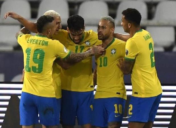 Brazilië plaatst zich met kleinste verschil tegen Peru voor finale