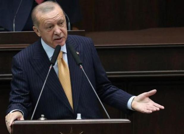 Griekse premier belt met Erdogan om hulp aan Turken aan te bieden