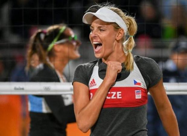 L'équipe féminine tchèque de beach-volley doit renoncer aux JO en raison d'un cas de Covid