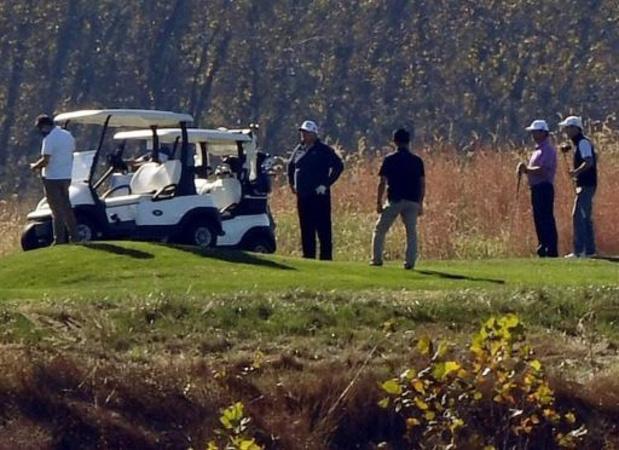 Amerikaanse presidentsverkiezingen - Trump vernam nederlaag tijdens golfpartijtje