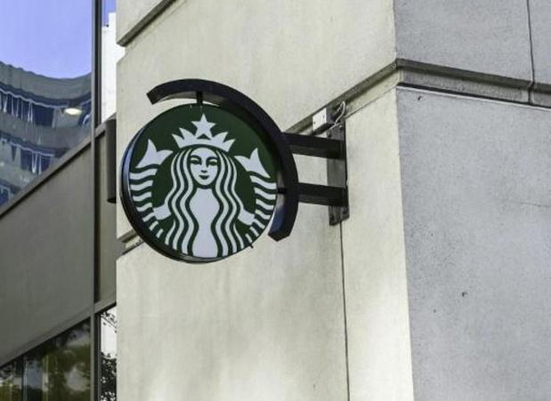 Starbucks fait une pause dans la pub sur les réseaux pour protester contre la haine