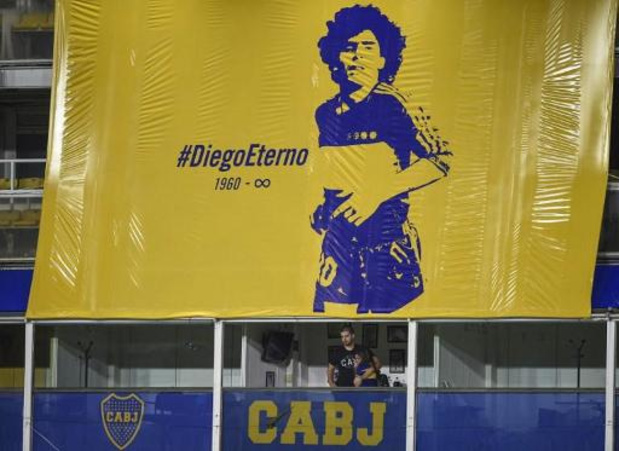 Boca Juniors brengt hulde aan Maradona in La Bombonera