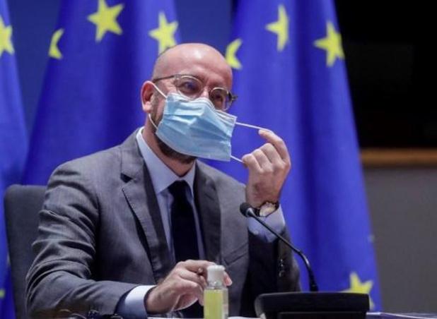 """Vaccins : l'UE demande de """"la transparence"""" aux entreprises sur les retards"""