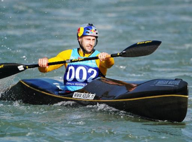 Le kayakiste Maxime Richard de retour sur ses eaux de la Meuse